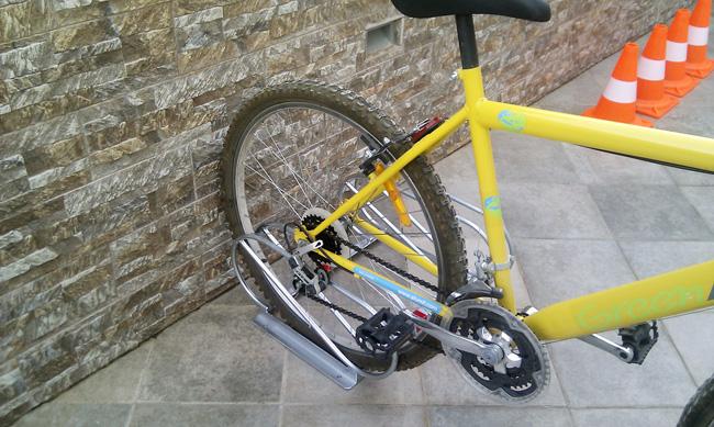 Stand ποδηλάτων 2 θέσεων