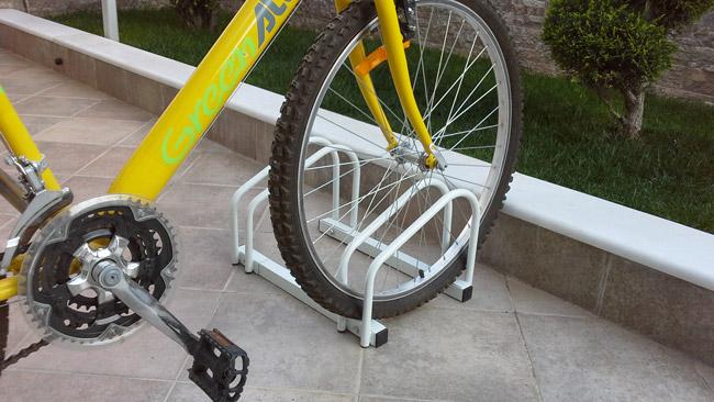 Οικονομική μπάρα στάθμευσης 2 ποδηλάτων